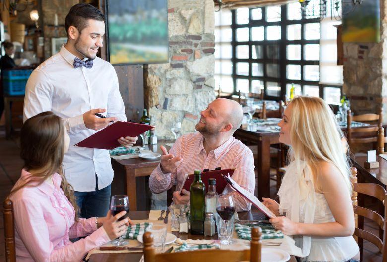 Social English – at the restaurant